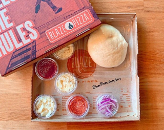 Blaze Pizza DIY Pizza Kit
