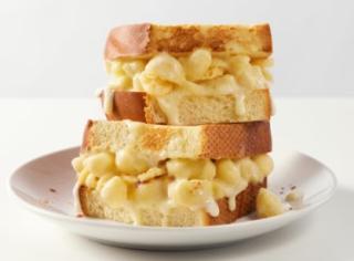 Panera Mac & Cheese Grilled Cheese Sandwich